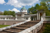 Colonnade And Chapel Museum Manor Arhangelskoe — Stock Photo