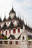 The Famous Roof Of Wat Ratchanadda, Bangkok — Stock Photo