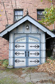 Ornate Shed in Upscale Seattle Neighborhood — Stock Photo