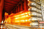 Reclining Buddha statue in Thailand Buddha Temple Wat Pho — Stock Photo