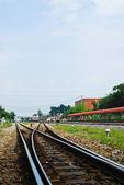 železnice a modrá obloha — Stock fotografie