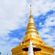 Stock Photo: Golden Pagodin Buddhtemple
