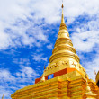 Golden Pagoda in Buddha temple - Stockfoto
