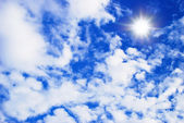 Beautiful cloudy blue sky — Stock Photo