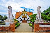 Ancient Buddha temple — Stock Photo