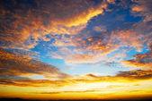 Cielo al crepuscolo bella alba — Foto Stock