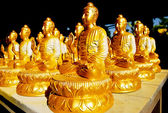 Many of Golden Buddha Statue — Stock Photo