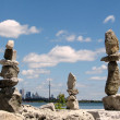 Toronto Lake Three stone statue 2008 — Stock Photo