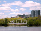Toronto Lake Bridge in Humber Bay Park May 2008 — Stock Photo