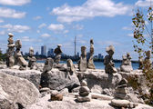 Toronto Lake stone statues 2008 — Stock Photo