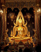 Idols of Lord Buddha the most beautiful in Thailand — Stock Photo