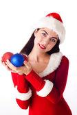Menina santa segurando um natal bola, christ feriados reveillon e natal — Foto Stock