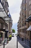 Spacer ulicą — Zdjęcie stockowe