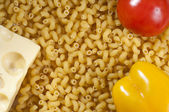 Macaroni, peper, tomaat en kaas — Stockfoto