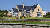 Maison de luxe dans la campagne irlande — Photo