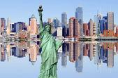New york city skyline au-dessus de la rivière hudson — Photo