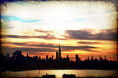 Early sunrise cityscape skyline silhouette, usa — Photo
