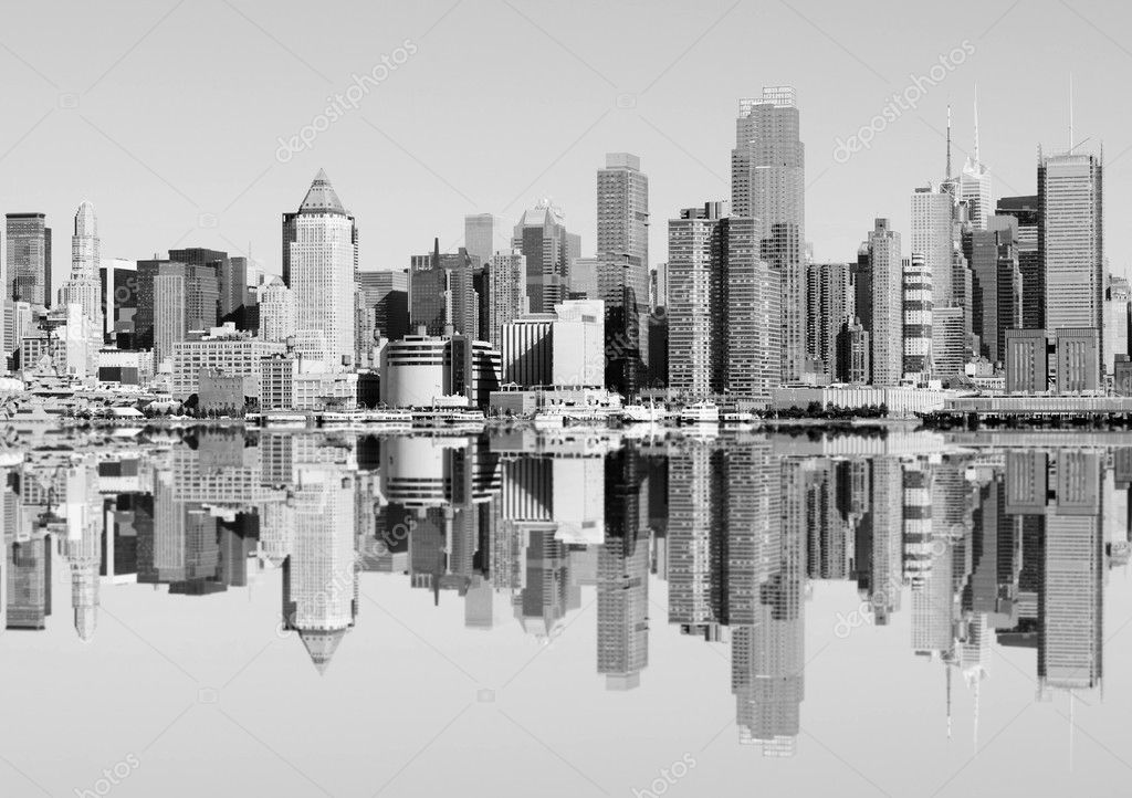 Photo new york city skyline over the hudson river — Stock Photo #3958559