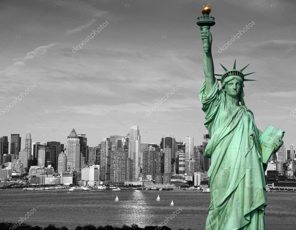 Photo new york city skyline statue liberty tourism concept — Stock Photo #4191956