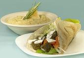 Falafel Wrap & Hummus — Stock Photo