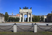 Arch of Peace in Sempione Park, Milan, Italy — Stock Photo