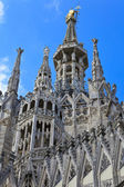 The central spire of a cathedral Duomo, Milan, Italy — Foto de Stock