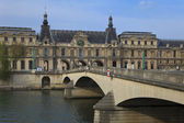 The Louvre and Seine River, Paris, France — Stock Photo