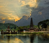 Water temple in Bali — Stock Photo