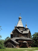Antiga rússia ortodoxa igreja de madeira do século 16-17 — Foto Stock