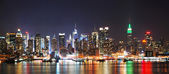 NEW YORK CITY NIGHT SKYLINE PANORAMA — Stock Photo