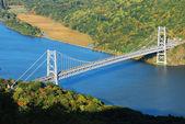 Puente sobre el río hudson — Foto de Stock