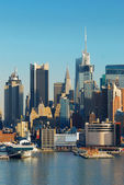 URBAN CITY SKYLINE, NEW YORK CITY — Foto Stock