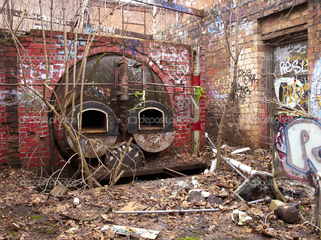 Furnace in an old brewery ruins — Stock Photo #4872601