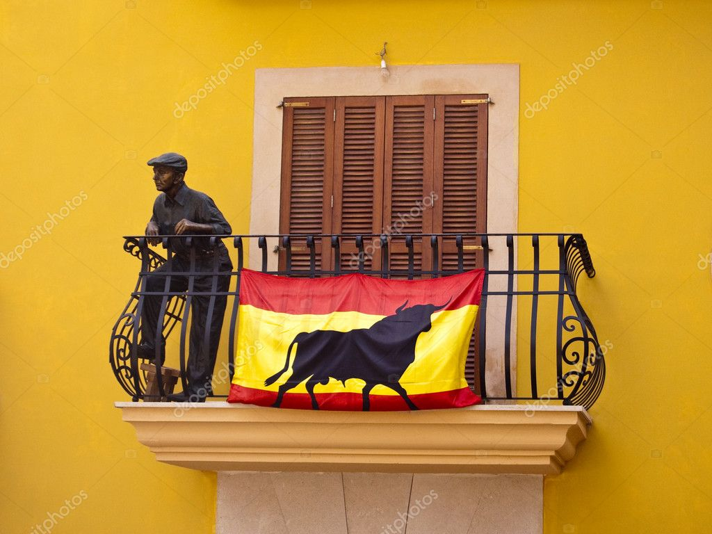 Spanish flag in a balcony stock photo superbo 4751327 for Balcony in spanish