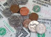 Ons dollars en munten — Stockfoto