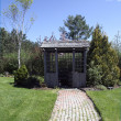 Garden shed brick path — 图库照片 #5033780