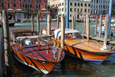 Two new motorboats made fast on Grand Canal, Venice, Italy — Stock Photo