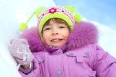 Ritratto di ragazza carina invernale — Foto Stock