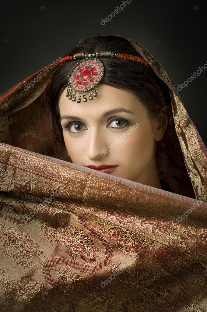 Beautiful brunette portrait with traditionl costume. Indian style  — Stock Photo #5211383