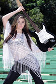 Beautiful Teen Girl with Guitar (2) — ストック写真