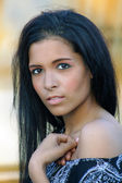Beautiful Teen Latina Headshot Outdoors — Stock Photo