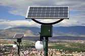 太阳能供电的灯 — 图库照片