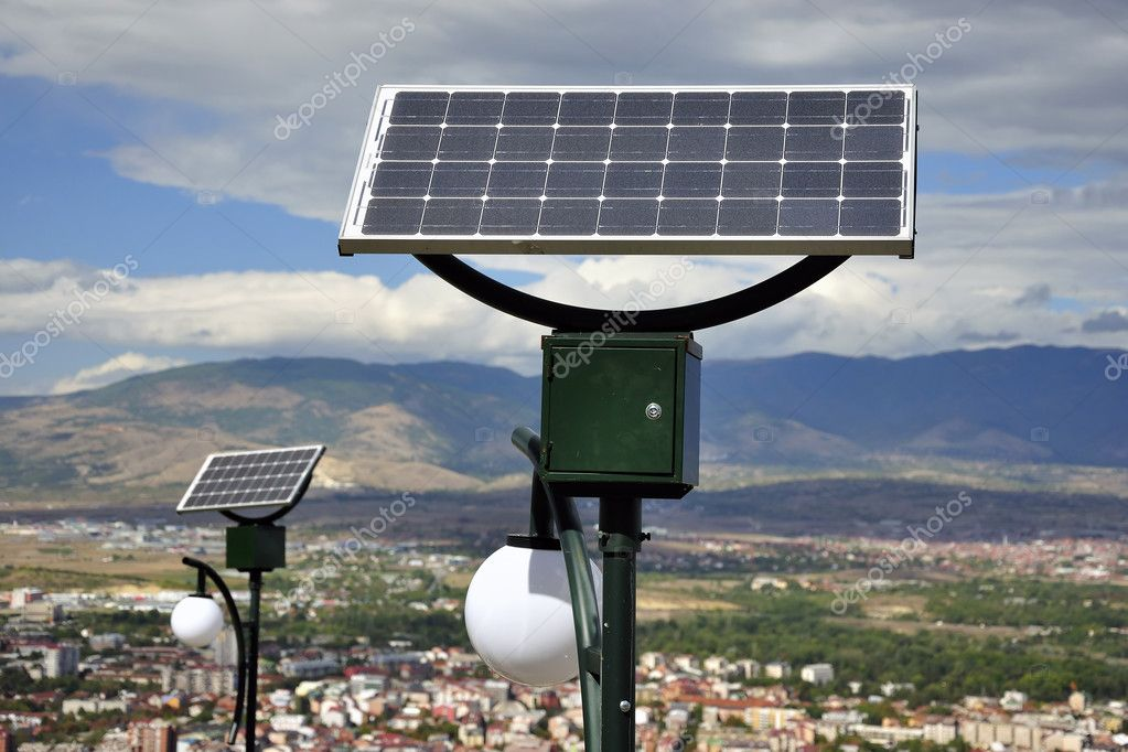 A solar panel powered street light bulbs — Stock Photo #4169167
