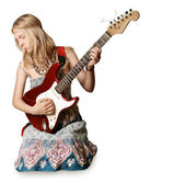 Hippie-mädchen mit der gitarre — Stockfoto