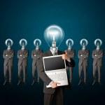 affärsman med lampa-chefen har fått en idé — Stockfoto