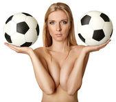 美丽的裸体女人与足球球 — 图库照片