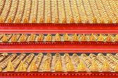 在泰国寺庙屋顶瓦片经典 — 图库照片