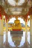 Statue of Buddha — 图库照片