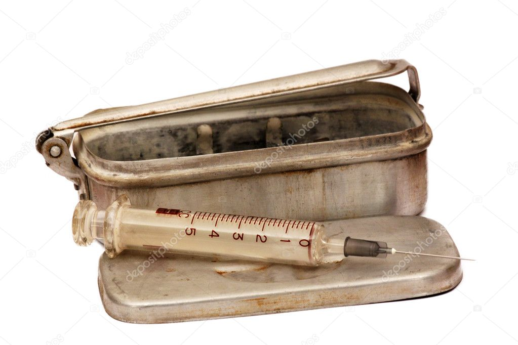 An old militar syringe isolated over white — Stock Photo #4664699