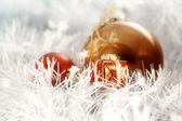 Christmas balls whit litle decorating box on white | greeting — 图库照片